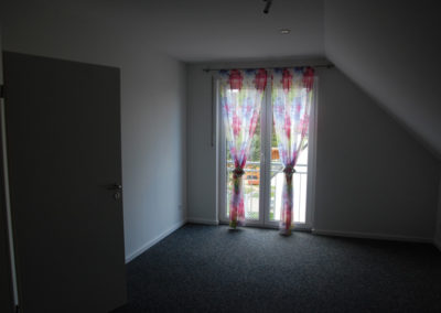 noch ein großes Zimmer im Dachgeschoß (18 m²):